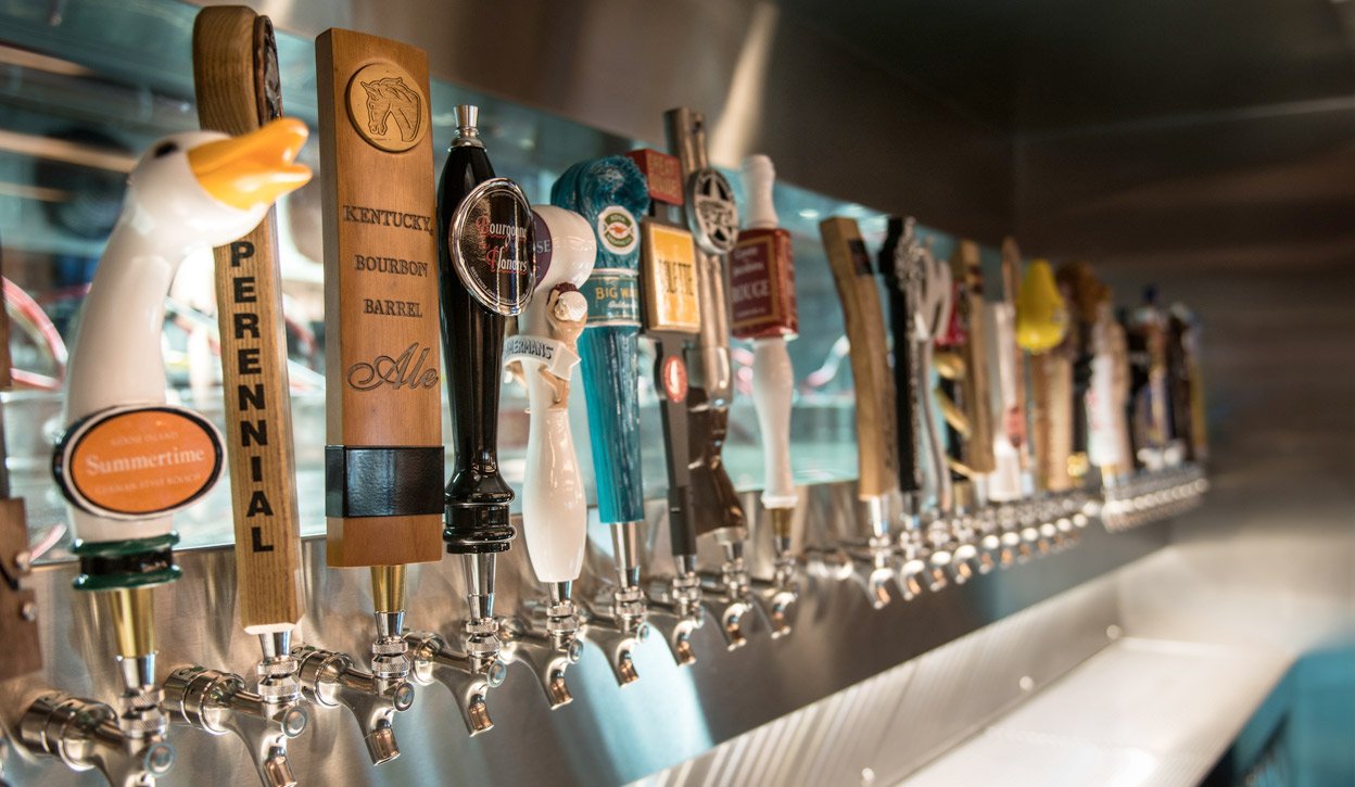 How to Use a Beer Tap Handle